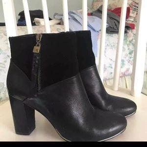 Elliott Lucca Black leather suede booties boots